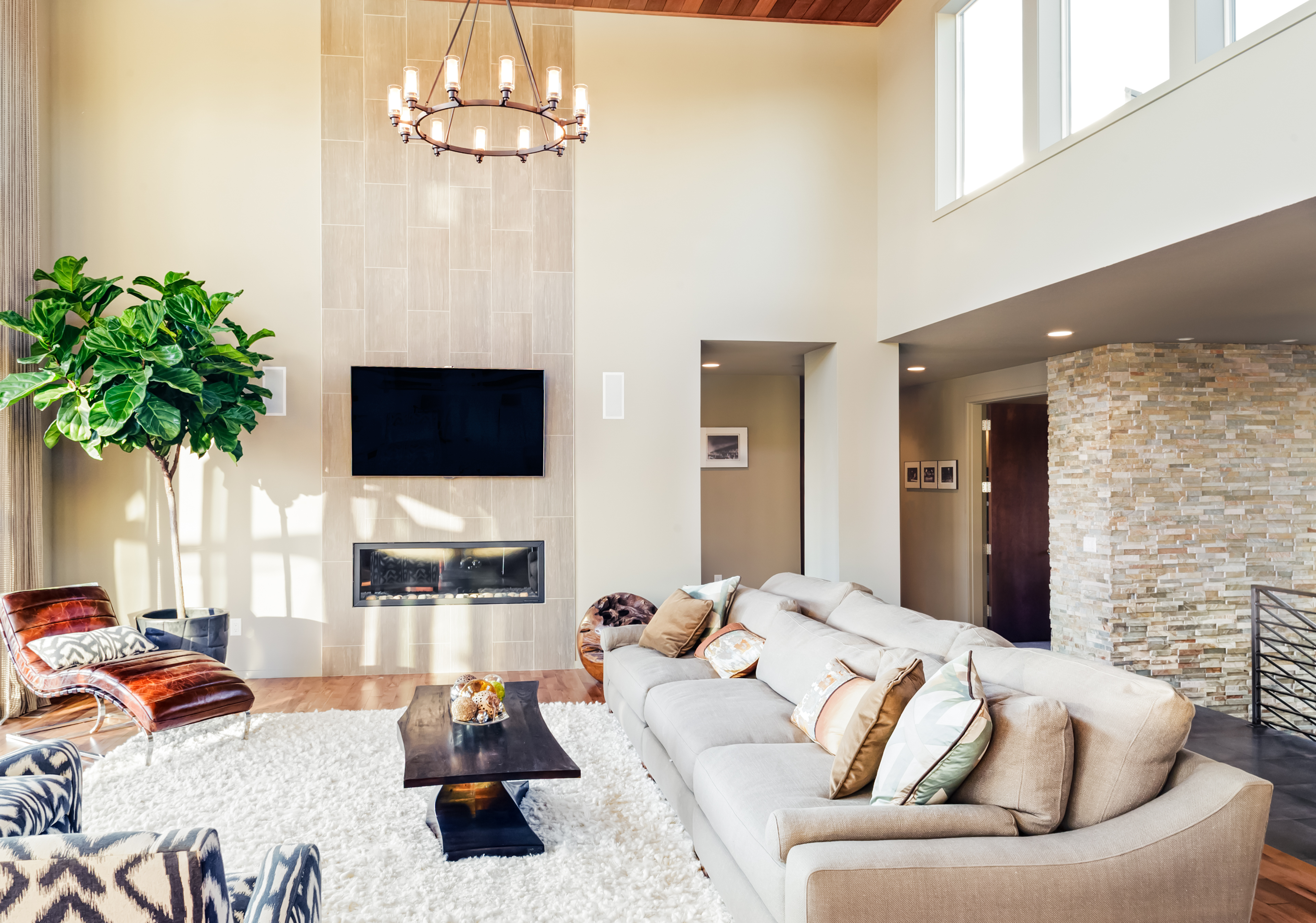 Never Discuss These Things When Showing a Home