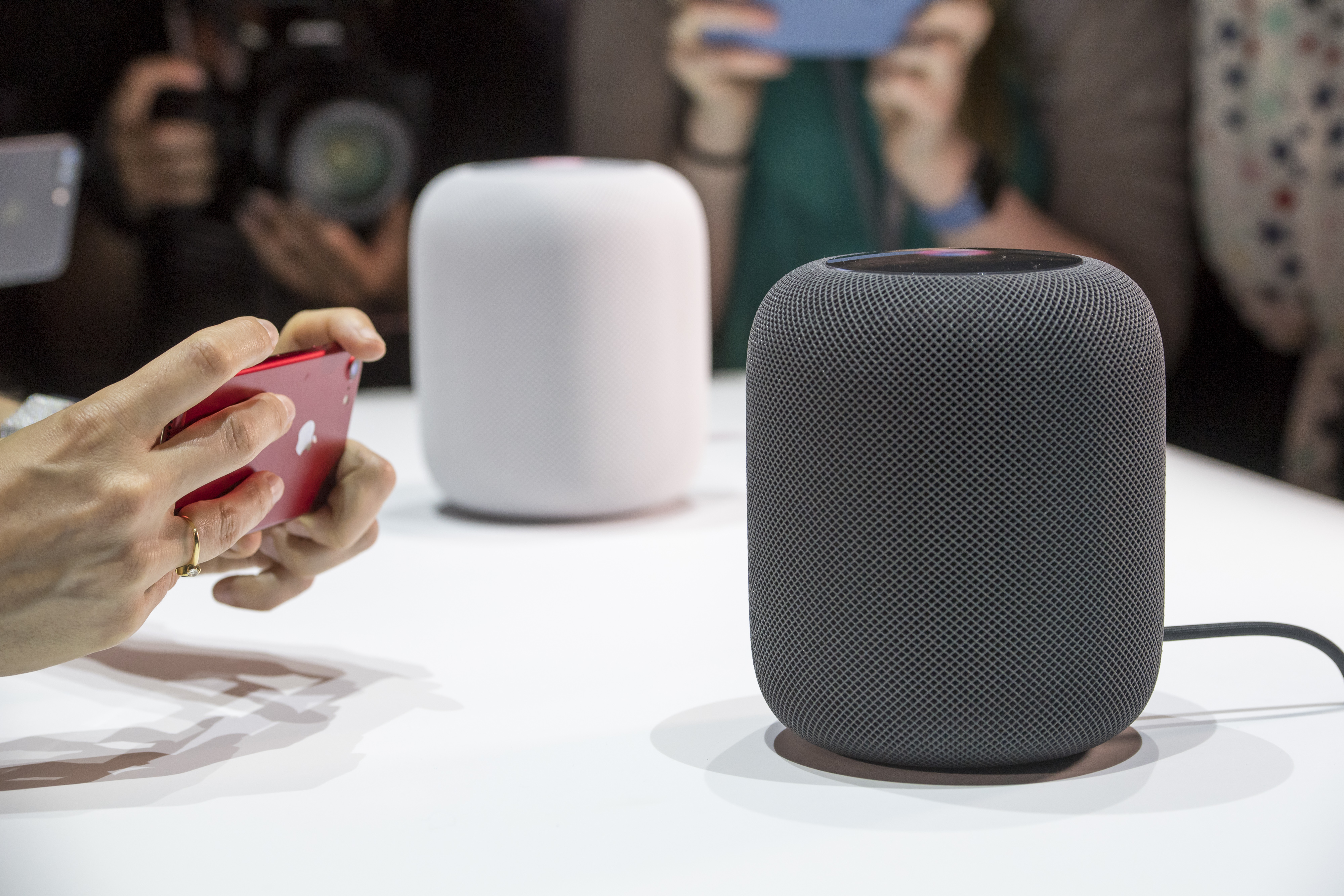 Should You Buy the Apple HomePod?