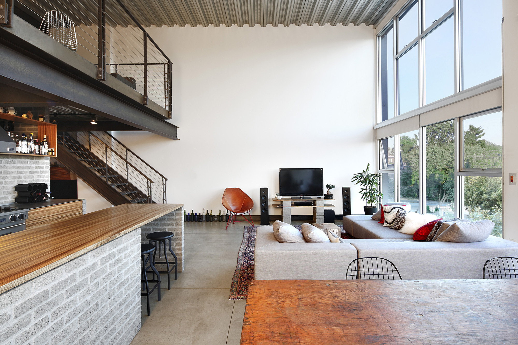How To Use Lighting To Make A Space Truly Beautiful: 4 Examples That Show How The Pros Do It